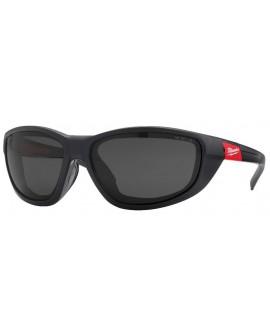 Okulary ochronne premium przyciemniane polaryzacyjne z uszczelką  MILWAUKEE 4932471886